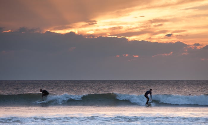 surfing consultants against covid